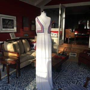 SPENSE White Maxi Dress Sleeveless Embroidered NWT